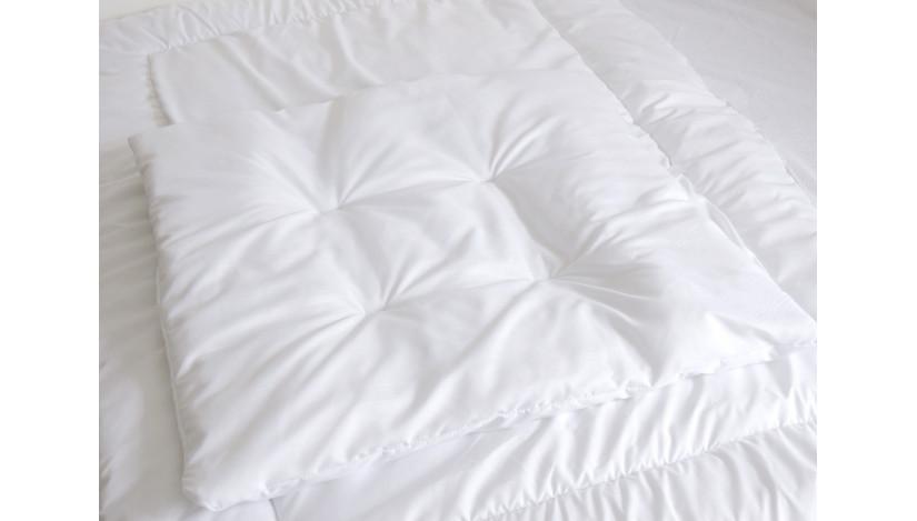 Antklodė ir pagalvė lovai 140 x 70 cm