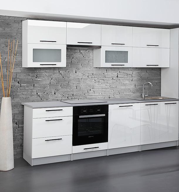 Kokius baldus rinktis mažai virtuvei?